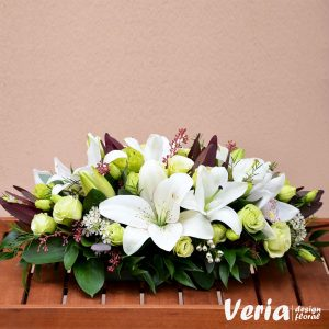 Aranjament crini si flori exotice