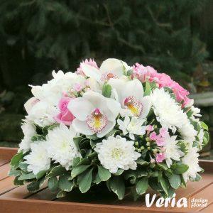 Aranjament Orhidee si Trandafiri